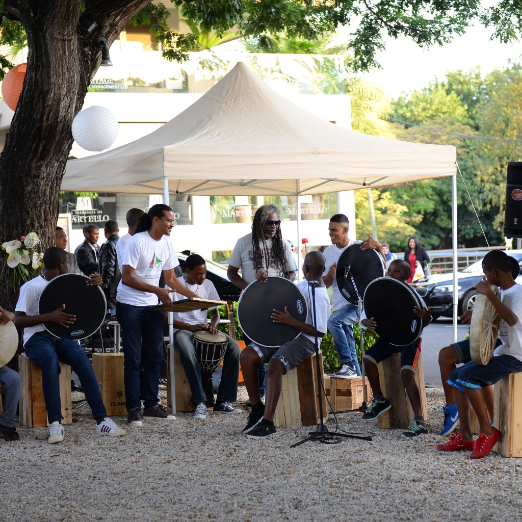Misik dan lapo is an 'atelier de percussion' funded by MT Foundation. The musicians from Lespri Ravann namely Kurwin Castel, Samuel Dubois and Kirty O'Clou teaches the children the technique for playing percussion instruments